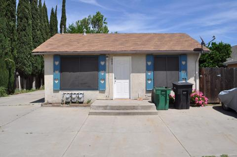 404 F St, Waterford, CA 95386