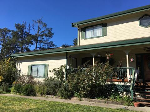 6992 Langley Canyon Rd, Salinas, CA 93907