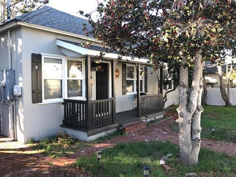 60 Park Ave, Monterey, CA 93940