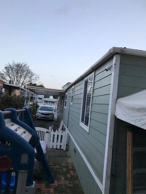 1885 E Bayshore Rd, East Palo Alto, CA 94303