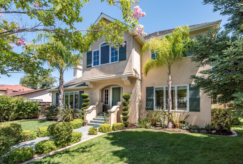16420 W La Chiquita Ave, Los Gatos, CA 95032