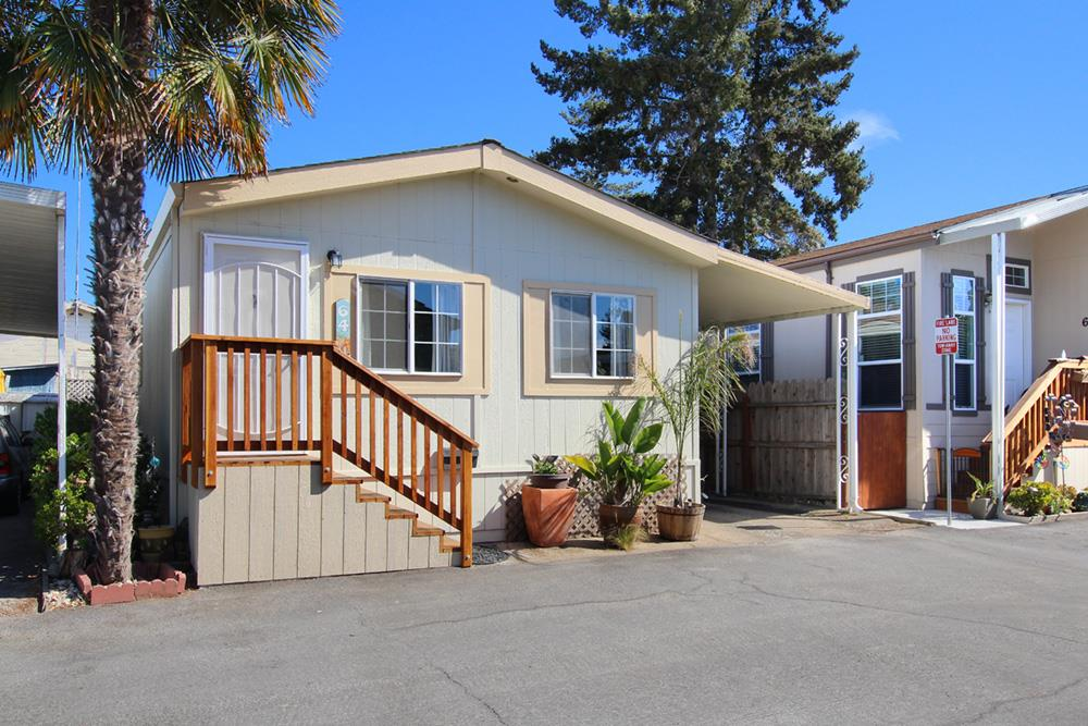 930 Rosedale Ave, Capitola, CA 95010
