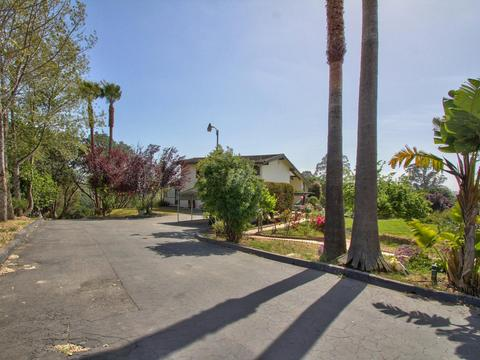 16350 Bonney Rd, Royal Oaks, CA 95076