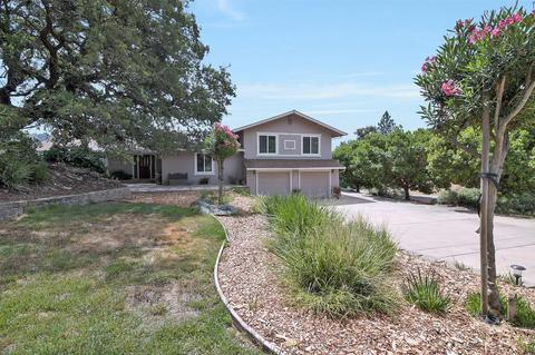 2135 Greenwood Ave, Morgan Hill, CA 95037