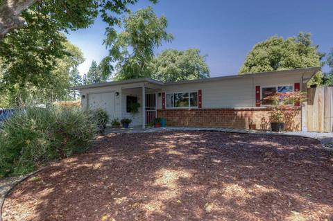 738 Lilly Ave, Hayward, CA 94544