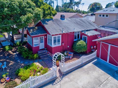 220 Alder St, Pacific Grove, CA 93950