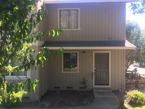 427 Winchester Dr, Watsonville, CA 95076