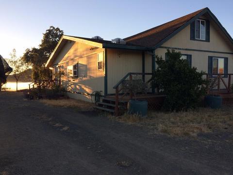 16500 Finley Ridge Rd, Morgan Hill, CA 95037