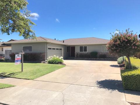 752 Atherton Cir, Salinas, CA 93906