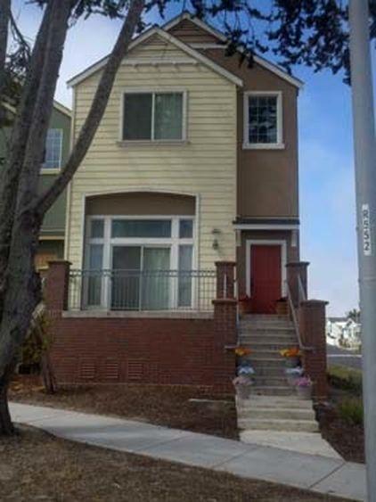 310 Carmel Ave, Marina, CA 93933