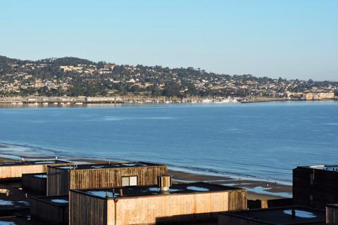 125 Surf Way, Monterey, CA 93940