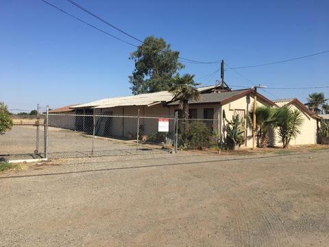 1461 N Marks Ave, Fresno, CA 93722