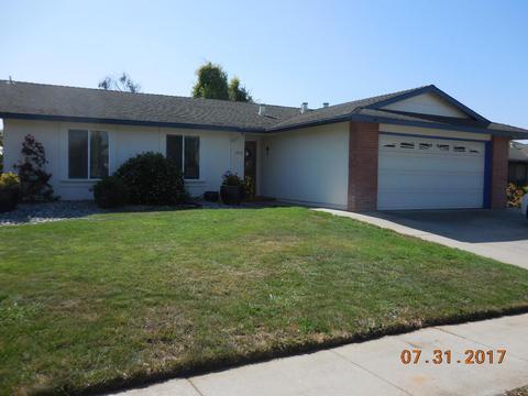 13111 Arthur Ct, Salinas, CA 93906