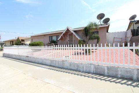 45090 Crown Ave, King City, CA 93930