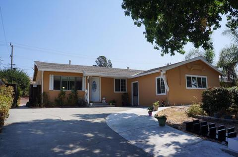 418 S Temple Dr, Milpitas, CA 95035