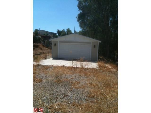 26415 Monroe Ln, Homeland, CA 92548