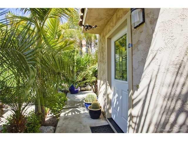 4576 Cove Dr #C, Carlsbad, CA 92008