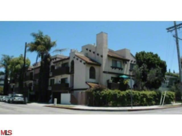 3024 Livonia Ave, Los Angeles, CA 90034