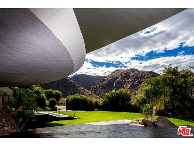 2466 Southridge Dr, Palm Springs, CA 92264
