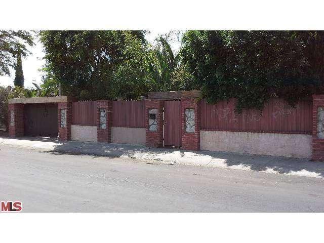 8645 Katherine Ave, Panorama City, CA 91402
