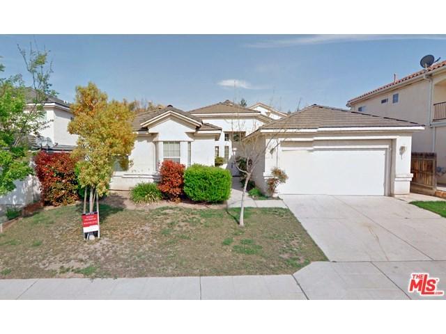 7742 N Debra Ave, Fresno, CA 93722