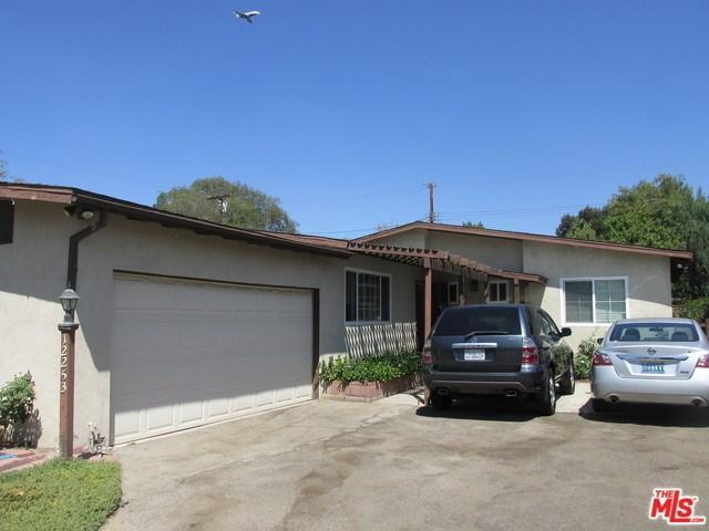 12253 Dehougne St, North Hollywood, CA 91605