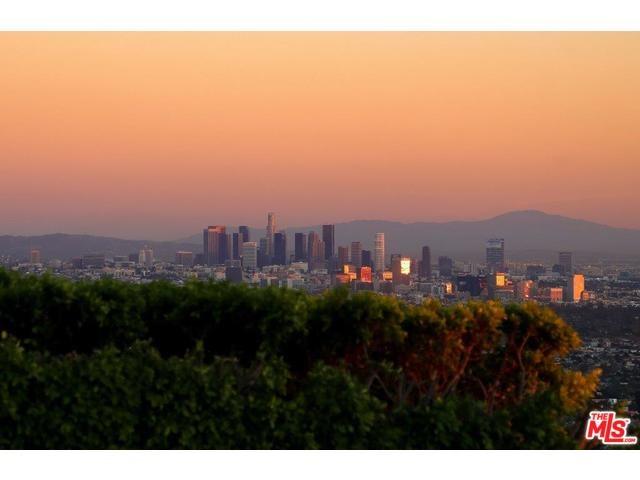 9006 Thrasher Ave, West Hollywood, CA