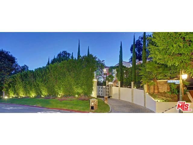725 N Faring Rd, Los Angeles, CA