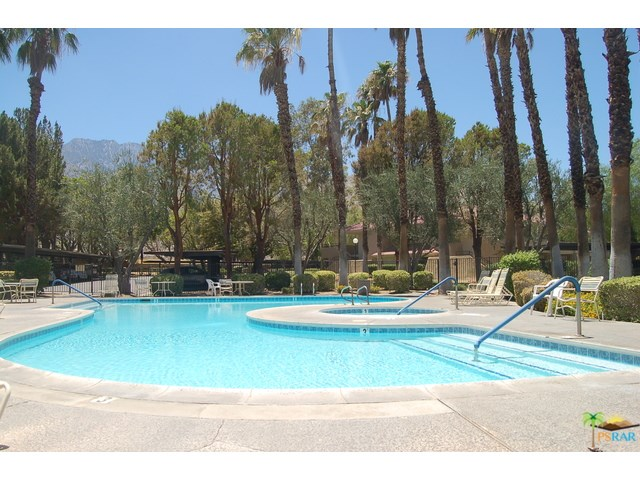 2812 N Auburn Ct #APT f209, Palm Springs, CA