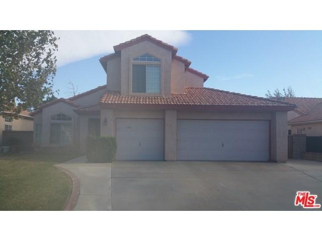 2528 Sycamore Ln, Palmdale, CA