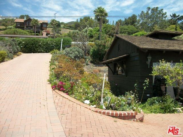 29910 Cuthbert Rd, Malibu, CA