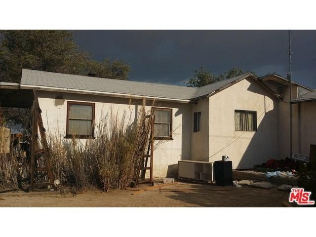39601 E 220th St, Palmdale, CA 93591