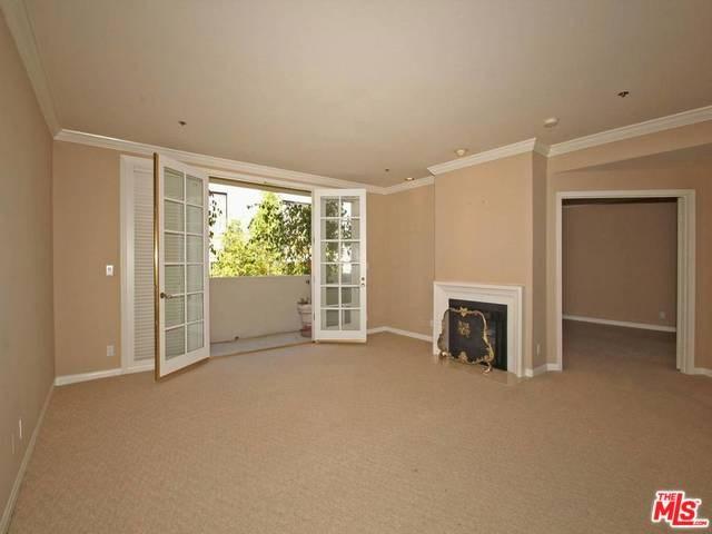 575 S Barrington Ave #APT 407, Los Angeles, CA