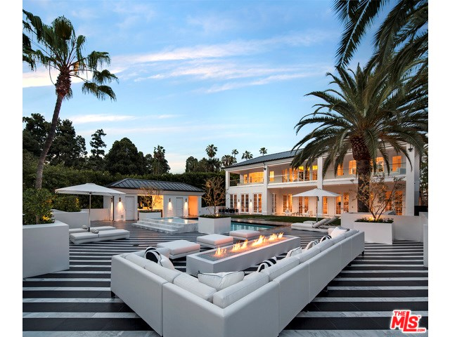 917 N Crescent Dr, Beverly Hills, CA
