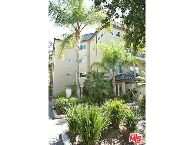1420 N Laurel Ave #APT 201, Los Angeles, CA