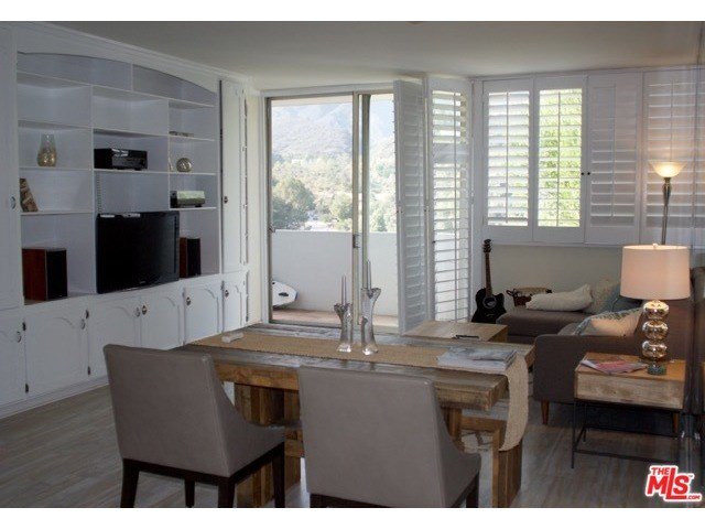 17352 W Sunset #APT 403, Pacific Palisades, CA