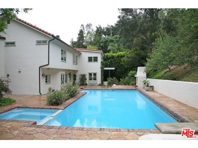 9849 Denbigh Dr, Beverly Hills, CA