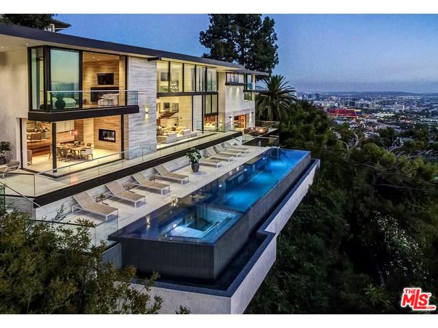 8927 St Ives Dr, West Hollywood, CA