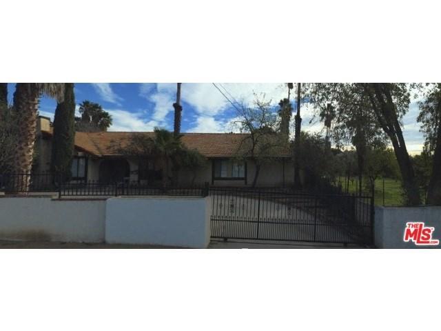 16080 Yarnell St, Sylmar, CA 91342