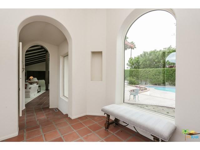 555 W Stevens Rd, Palm Springs, CA