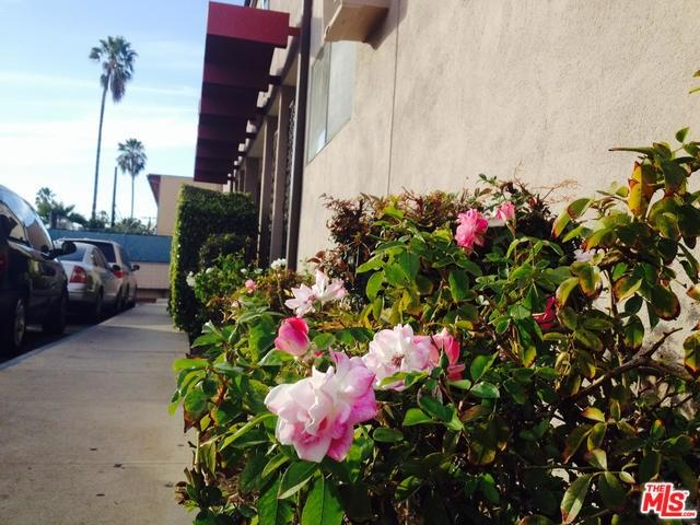 7135 Coldwater Canyon Ave #APT 17, North Hollywood, CA
