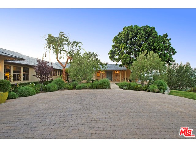 3600 Dixie Canyon Avenue, Sherman Oaks, CA 91423