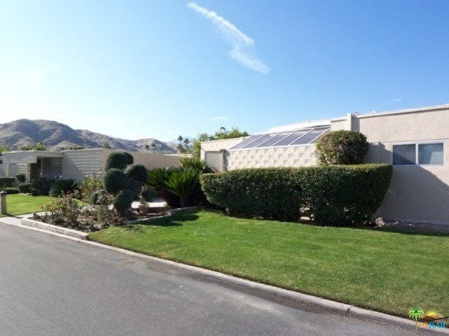 68 Lakeview Dr, Palm Springs, CA