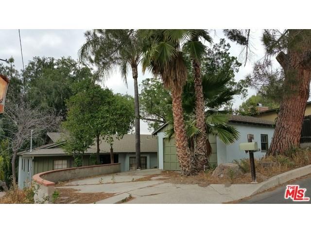 22817 Macfarlane Dr, Woodland Hills, CA