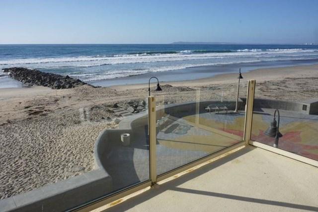706 Ocean Ln, Imperial Beach, CA 91932
