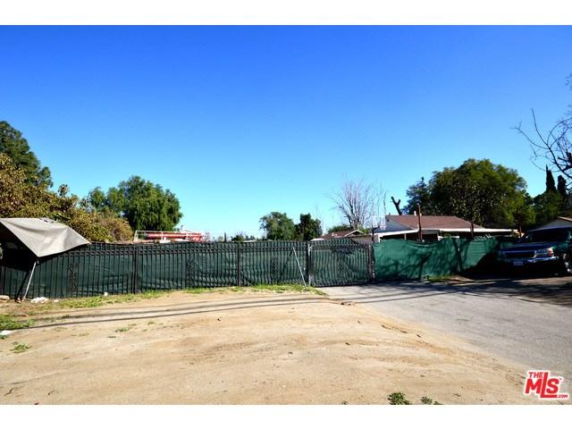 9404 Lemona Ave, North Hills, CA