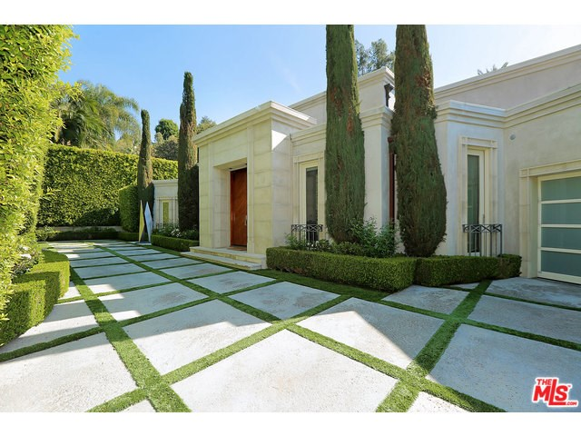 1122 Tower Road, Beverly Hills, CA 90210