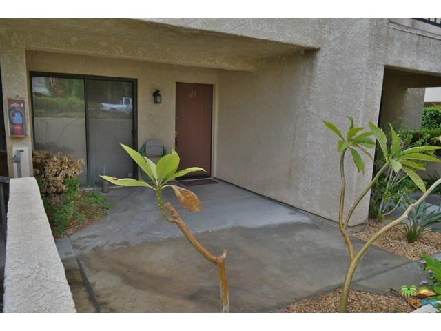 200 E Racquet Club Rd #29, Palm Springs, CA 92262