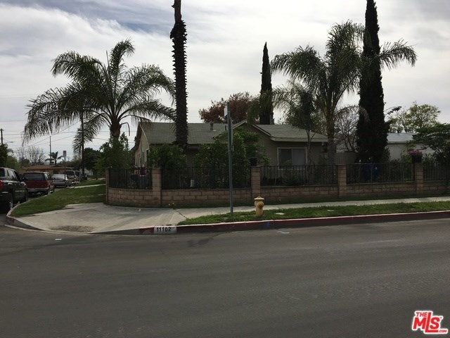 11102 Keswick Street, Sun Valley, CA 91352