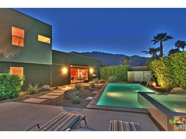 1060 Audrey Dr, Palm Springs, CA 92262